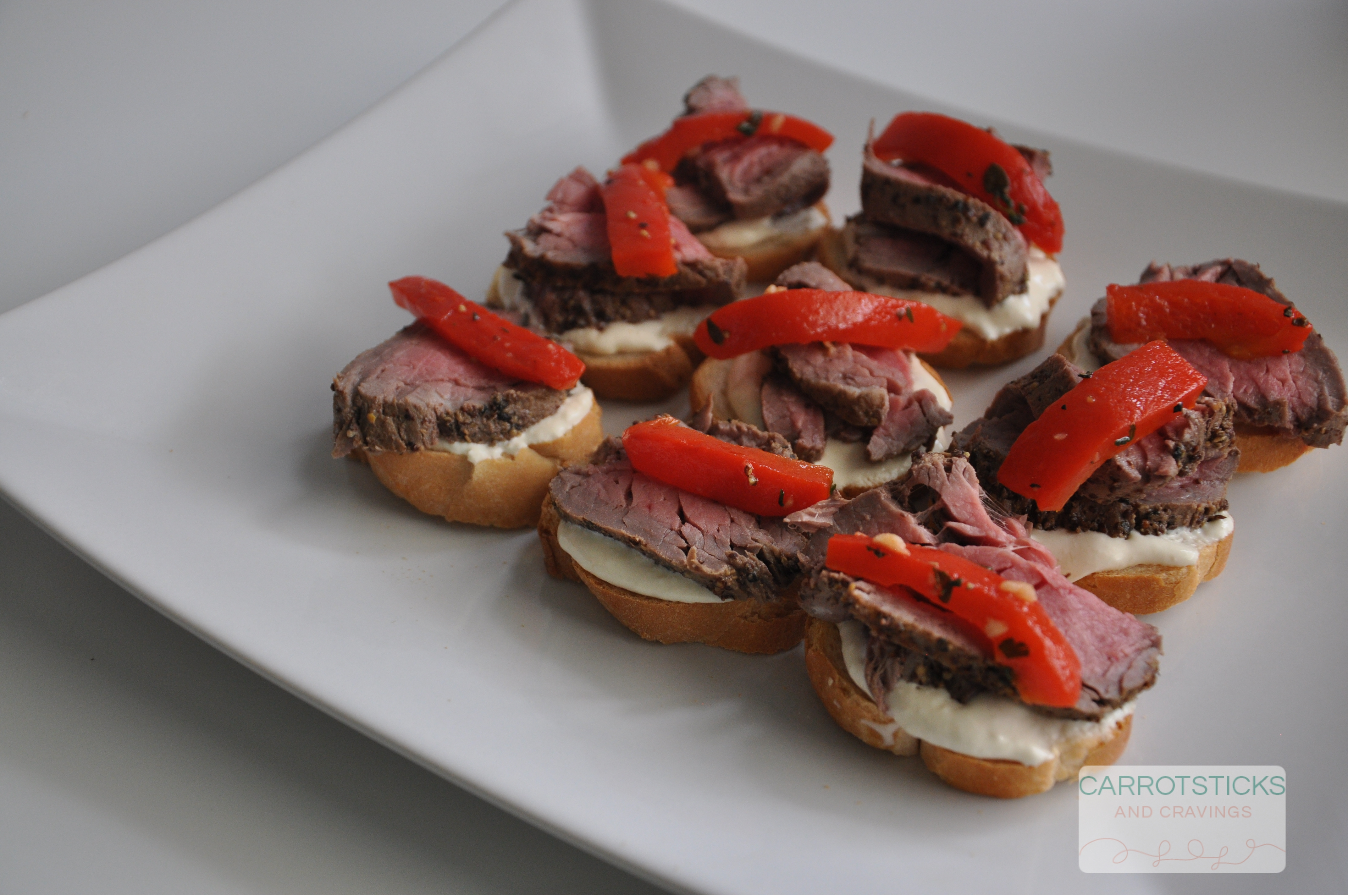 Roasted rare beef canap s carrotsticks and cravings for Roast beef canape