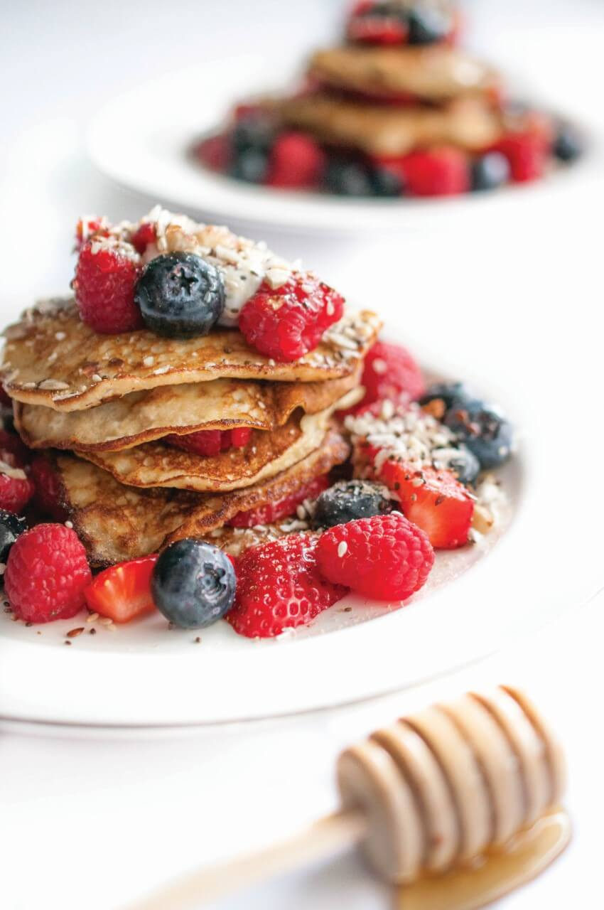 Healthy Pancakes with Berries